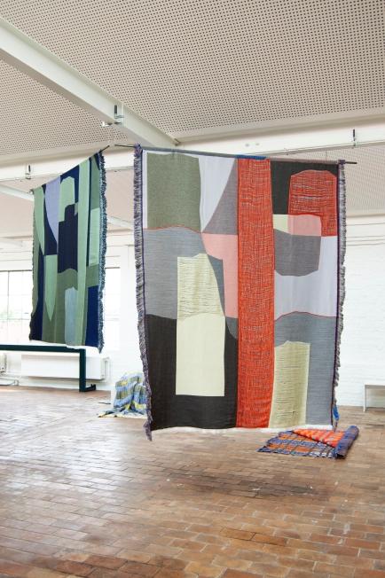 Emma terweduwe - TextielLab - FLOATS - Emma Terweduwe